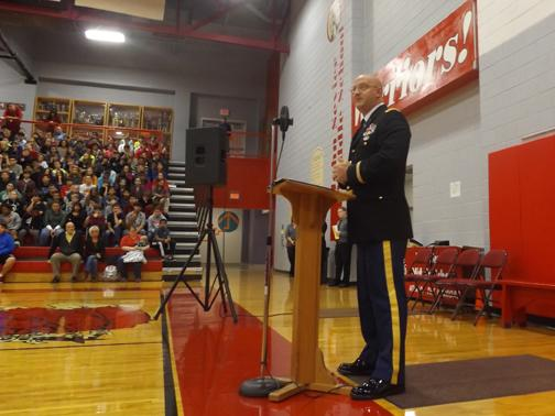 A+HISTORY+LESSON.+Veteran+Alan+Bagley+tells+Sevier+Middle+School+students+about+the+history+of+the+national+anthem+and+Veterans+Day.